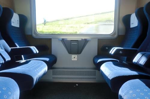 電車の個室