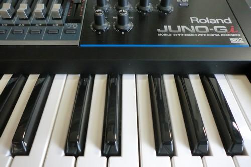 宅録でも演奏でもOK。RolandのJUNO-Giの感想とレビュー