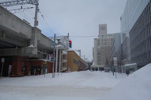 天気大荒れ、吹雪の寒さを実感。札幌出張2日目
