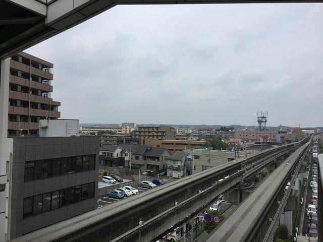 多摩モノレール 上北台の方の景色